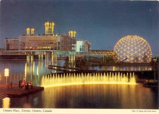 A postcard perfect night skyline