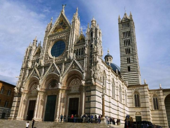 Il Duomo di Siena... if the piazza is the heart, the cathedral is the soul